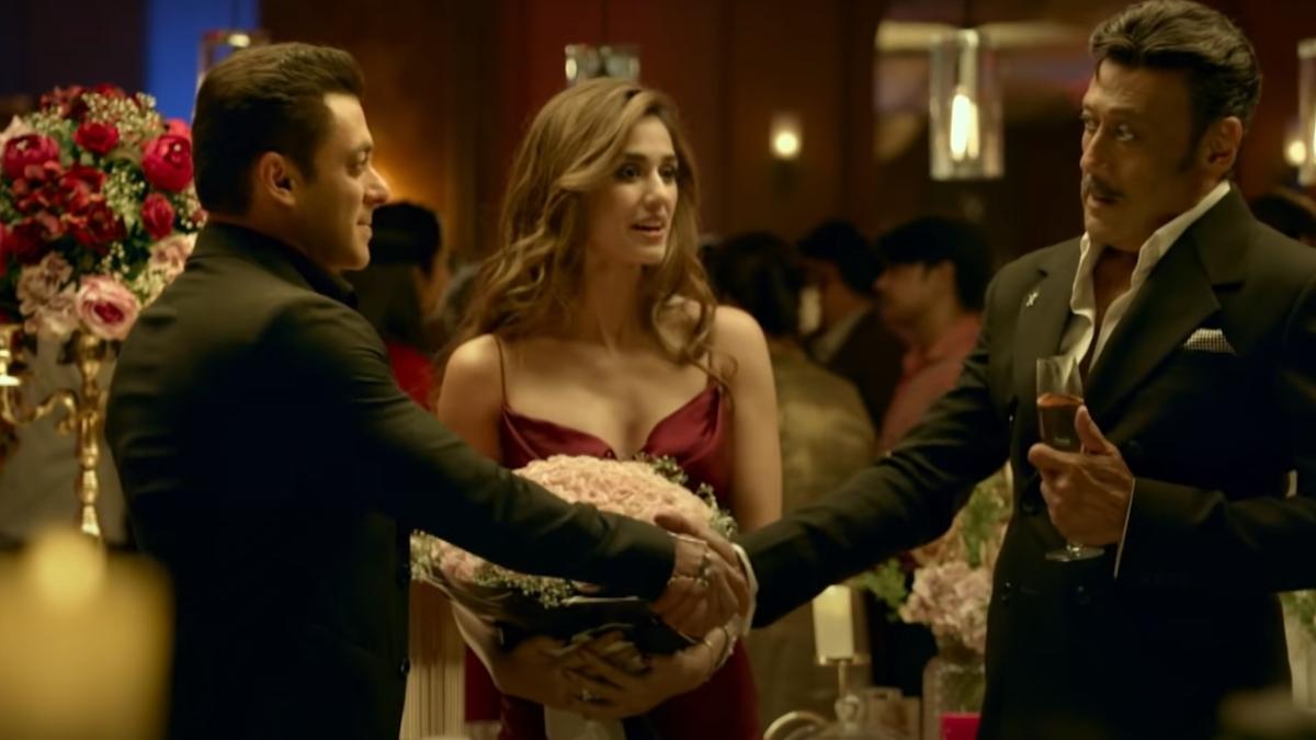 'Stay strong Tiger Shroff': Netizens react to Jackie Shroff wearing Disha Patani's dress in 'Radhe'