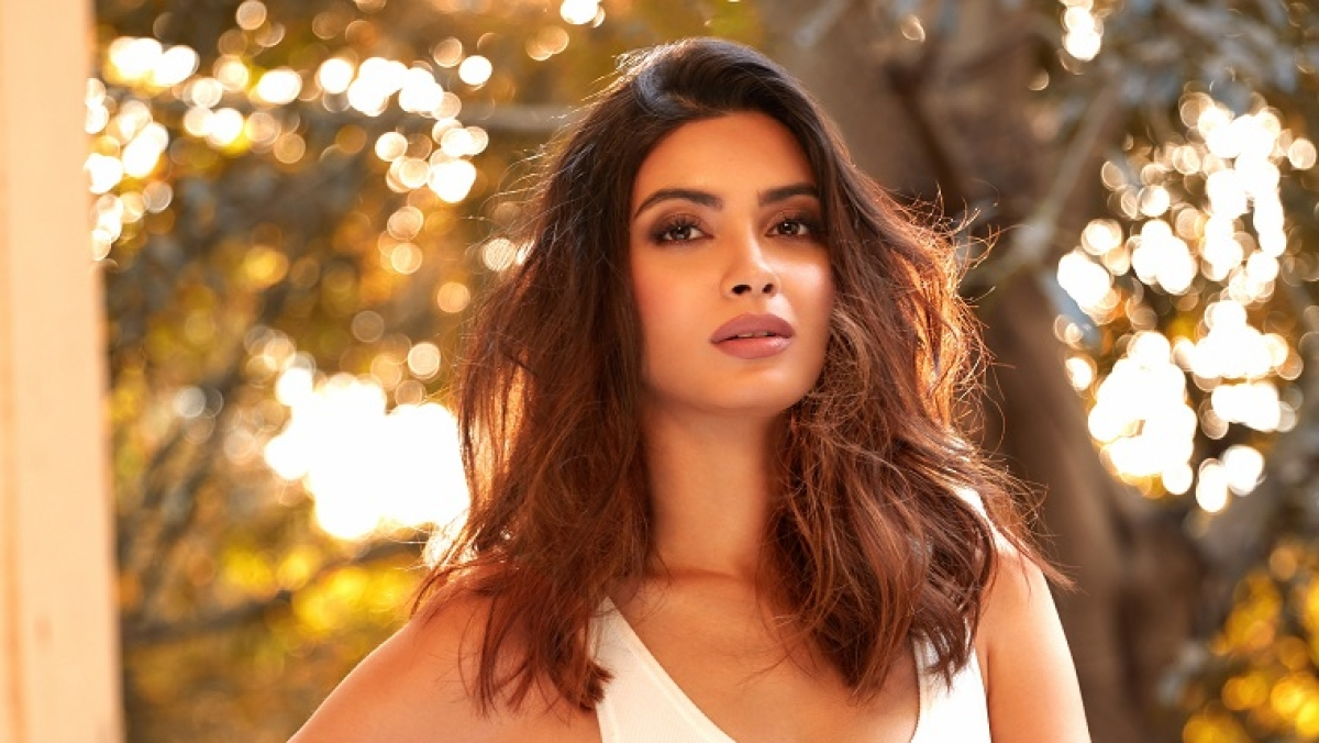 Diana Penty launches 'Every Life Matters'; to provide financial support to individuals amid COVID-19