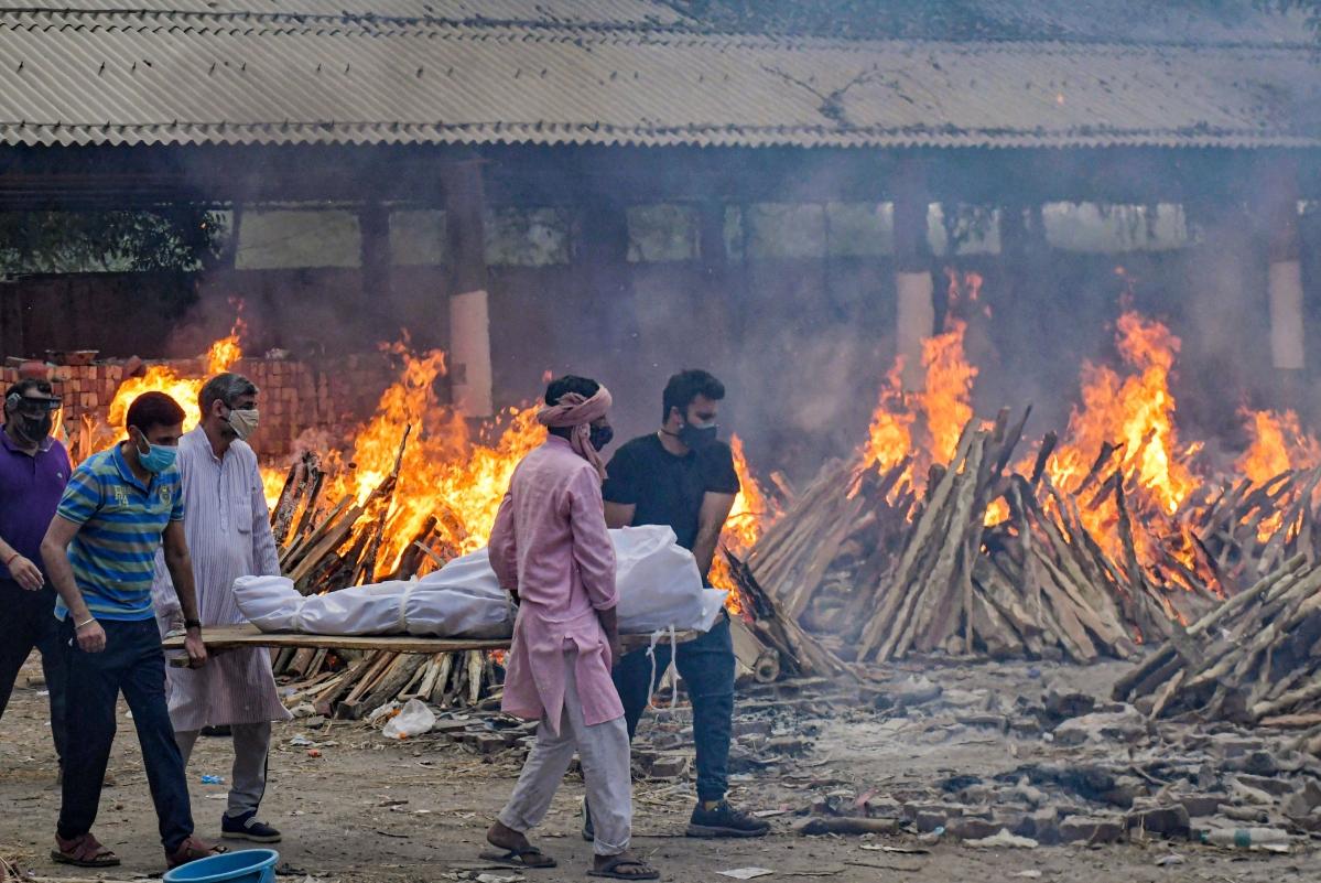 A breathless nation: Delhi HC warns Centre of 'contempt' over oxygen shortage
