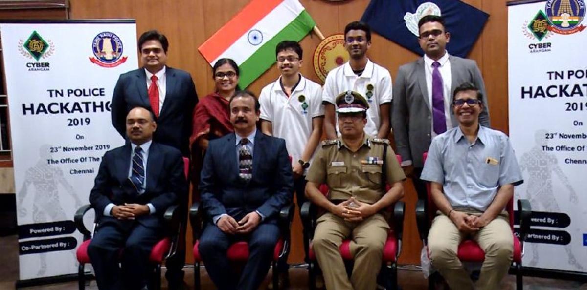 P Kandaswamy (2nd left below)