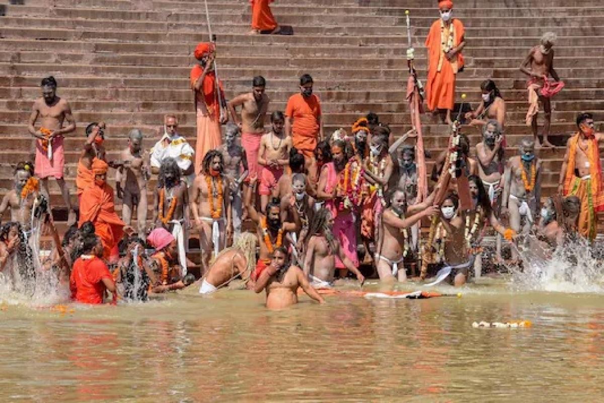 Uttarakhand: Juna Akhada seer succumbs to coronavirus
