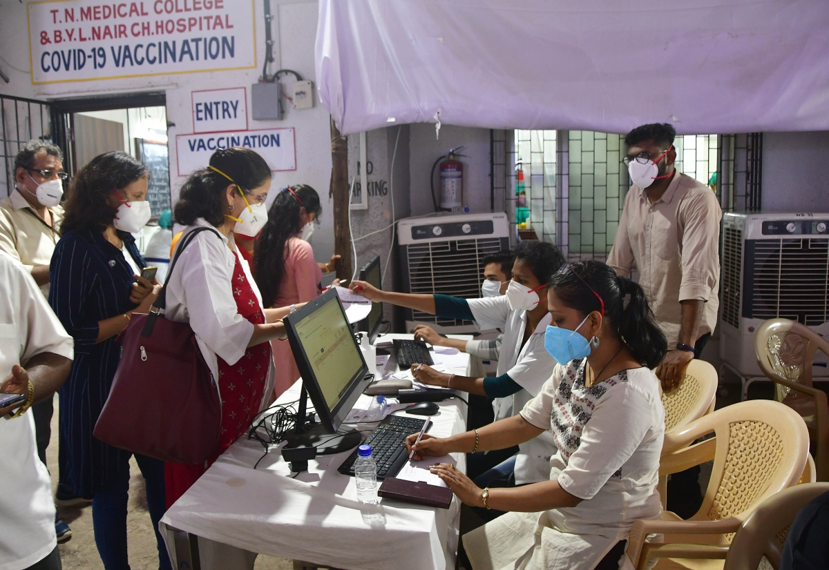 Mumbai: Private hospitals buzz with calls to hold COVID-19 vaccination drive