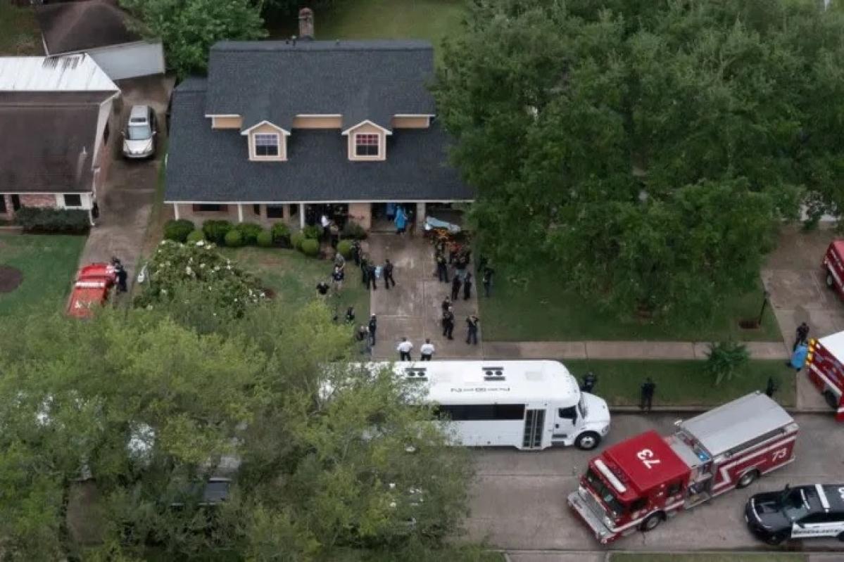 Police cordon surround the residence in Houston