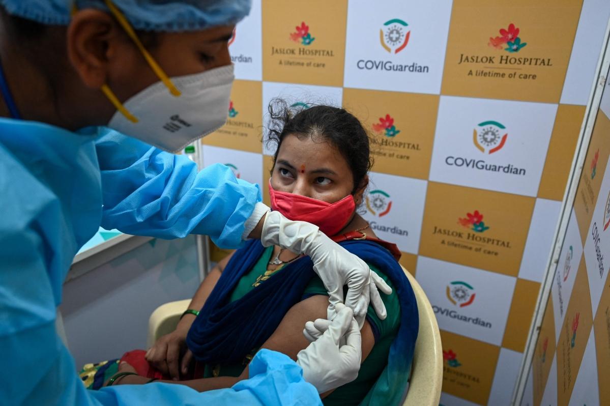 Mumbai: 493 lactating mothers take a COVID-19 jab on Wednesday