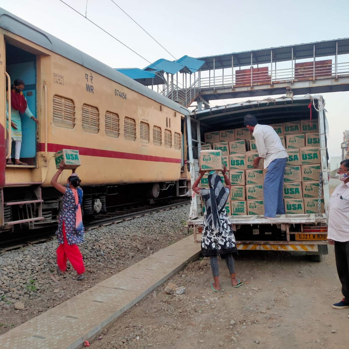 Western Railway keeps the supply chain of essential goods running