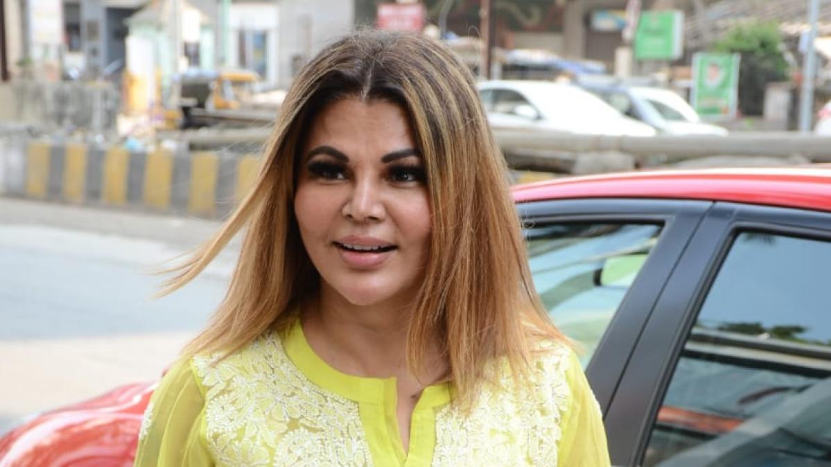 'Aap paida hue ho, download nahi': Rakhi Sawant's hilarious dig at celebs sharing Mother's Day wishes online
