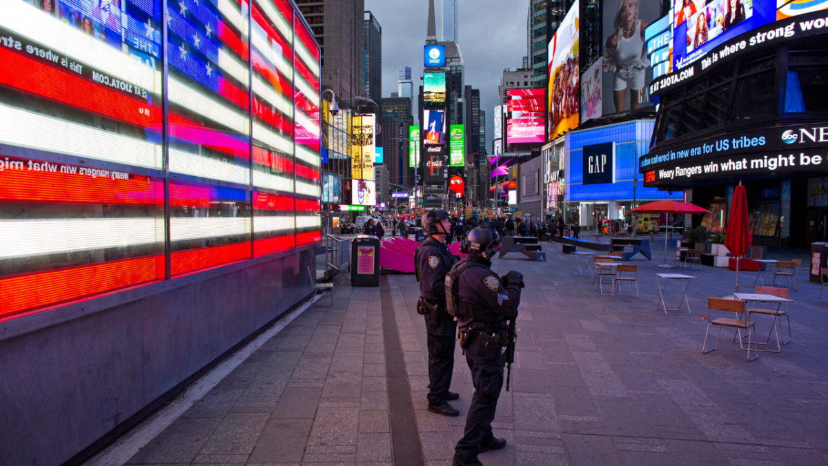 Dispute leads to shooting at Times Square, New York; 3 injured including a 4-year-old