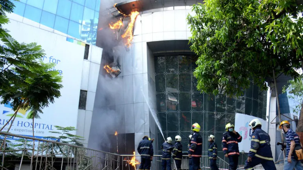 Mumbai hospital fire: BJP team meets DGP, urges to initiate detailed probe