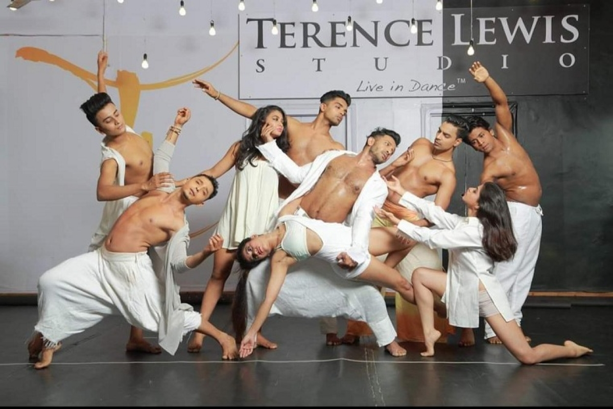 Terence Lewis with his students