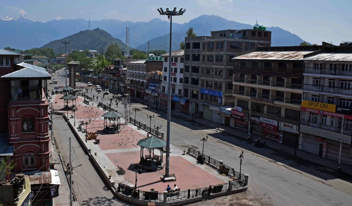 Deserted road during corona Curfew in Srinagar, Kashmir. As the COVID-19 cases continue to rise the authorities imposed strict Corona curfew across Jammu and Kashmir in order to stop further spread of Coronavirus.