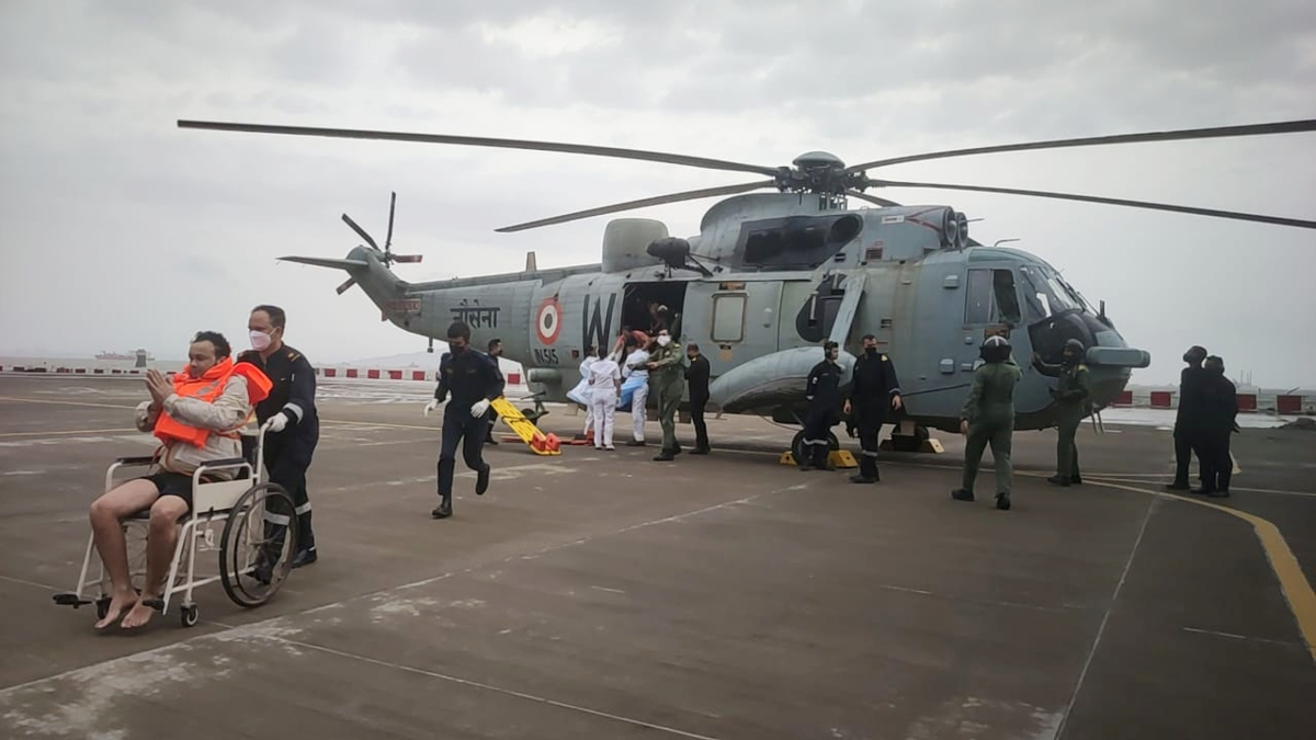 ONGC Barge P305 Update: First batch of three Rescuees brought in by Indian Navy Helo