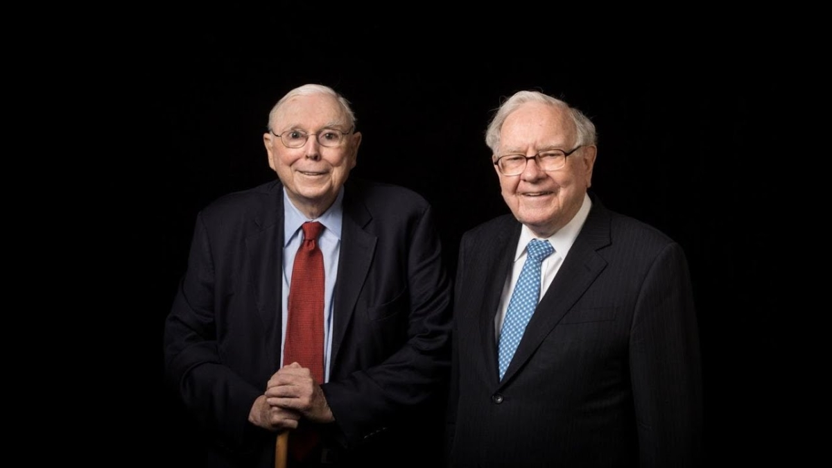 I've never recommended Berkshire to anybody; recommended the S&P 500 index fund, says billionaire Warren Buffett