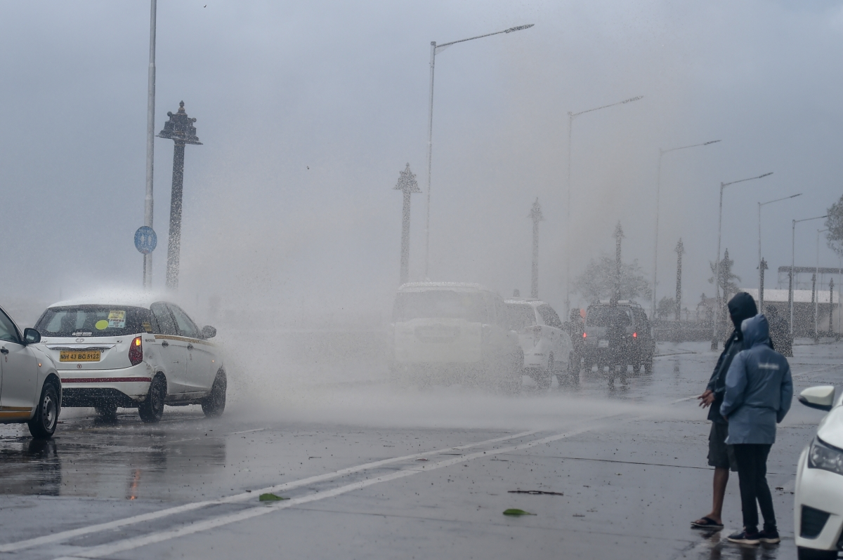 Heavy rains and gusts at the Gateway of India, due to Cyclone Tauktae, in Mumbai, Monday, May 17, 2021.