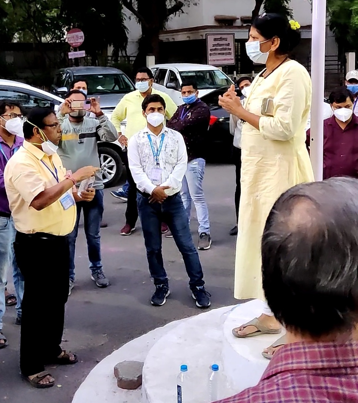 Indore: Shift Collector Manish Singh ASAP or we strike work, says Mutiny in health department