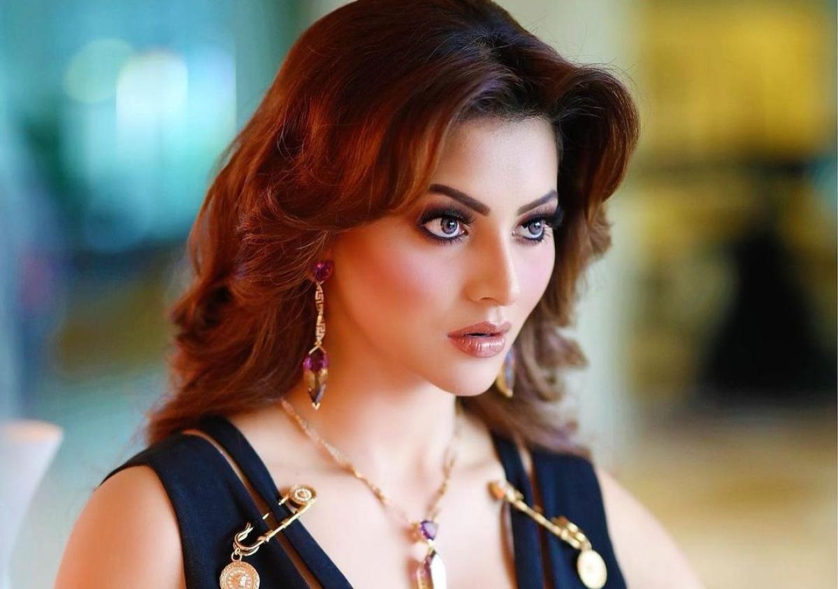 Urvashi Rautela's Rs 15 crore worth 'Versace Baby' look styled by Donatella herself
