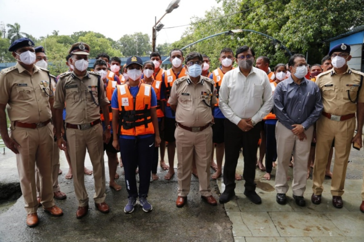 Mumbai: Railway General Manager and Director release SOP for usage of boat and outboard motor of RFRT during monsoon