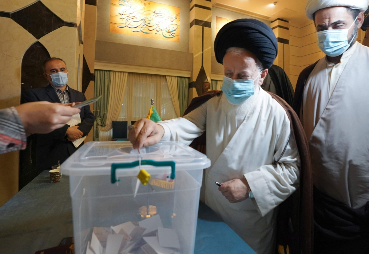 Iran votes to choose President Hassan Rouhani's successor; poll tipped in hard-liner Ebrahim Raisi's favour