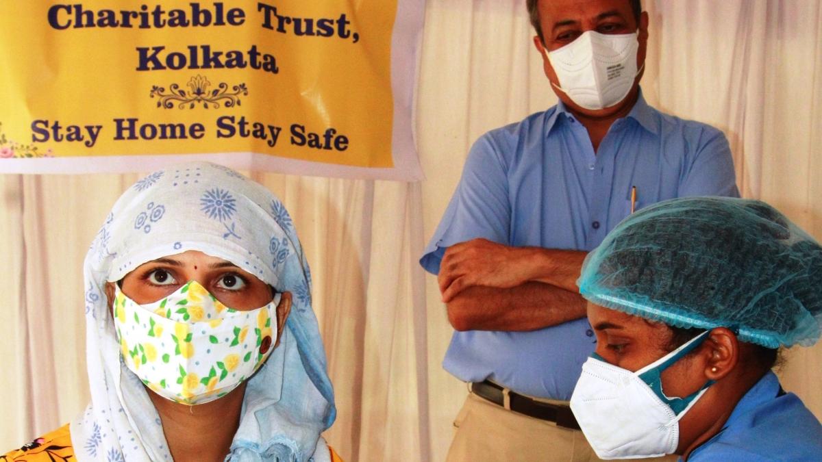 Indore: Smart lockdown can keep the third wave at bay, says CHL hospital chief Rajesh Bhargava