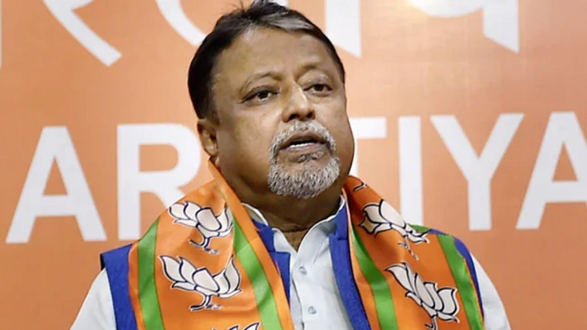 Gharwapsi? BJP leader Mukul Roy to meet Mamata Banerjee today, likely to join TMC