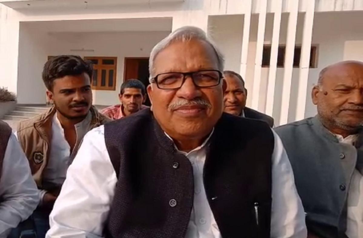 Uttar Pradesh: BSP leader Ambika Chaudhury turns rebel, joins Samajwadi Party