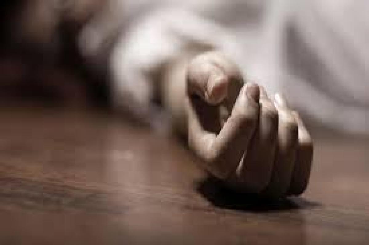 Madhya Pradesh: Woman dies of electrocution, son, husband injured in the incident in Guna