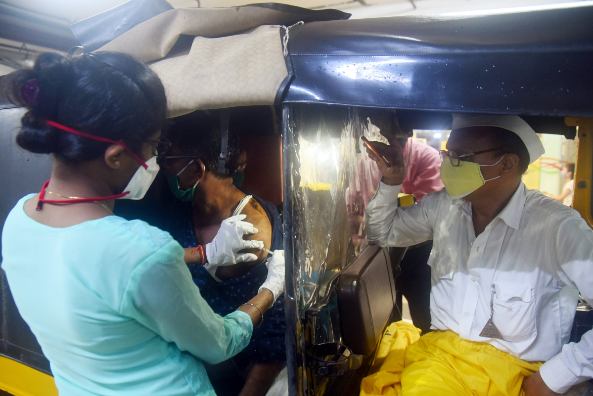 Mumbai: Maharashtra tops other states, vaccinates 2.50 crore people