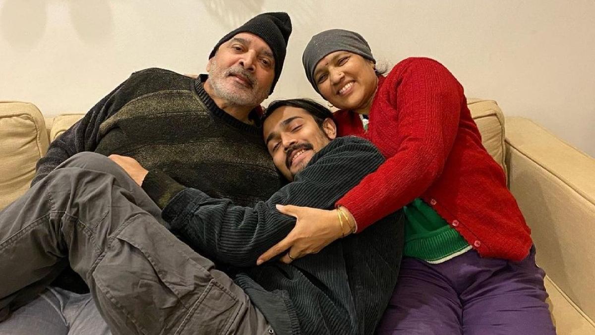 'Sab bikhar chuka hai': Bhuvan Bam pens emotional note after losing parents to COVID-19