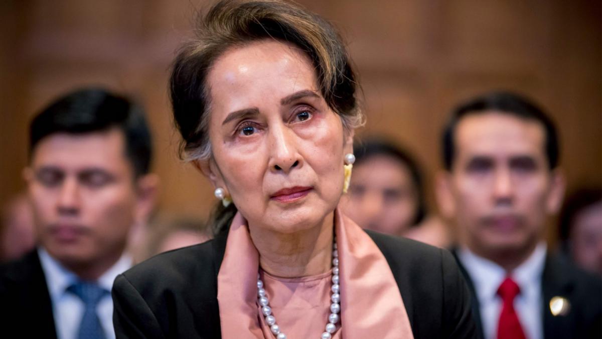 Ousted Myanmar leader Suu Kyi's trial begins