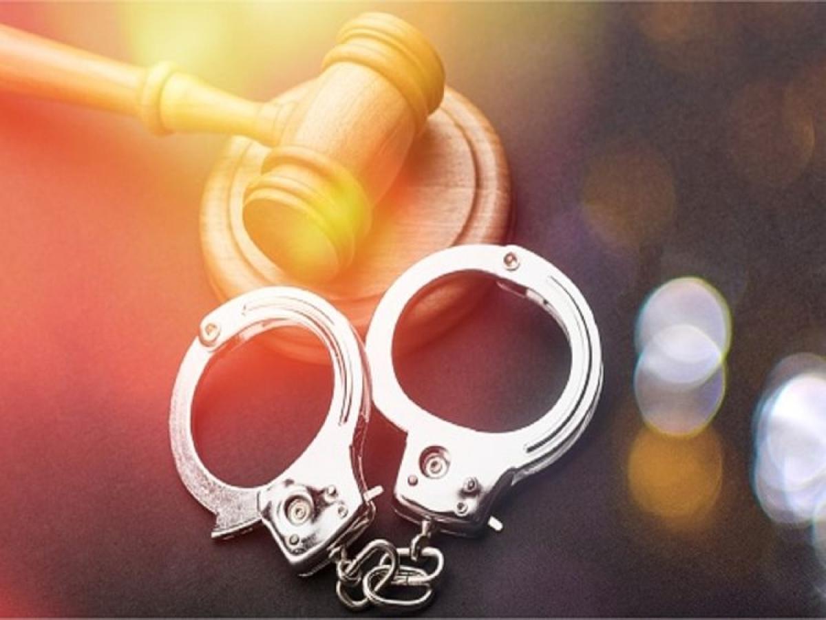 Antilia bomb scare case: NIA arrests 2 men from Mumbai
