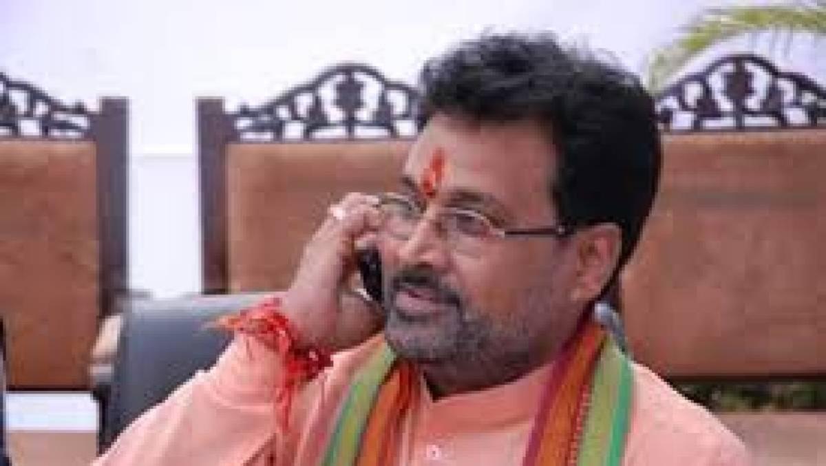Madhya Pradesh: Senior BJP leader Laxmikant Sharma dies of Covid