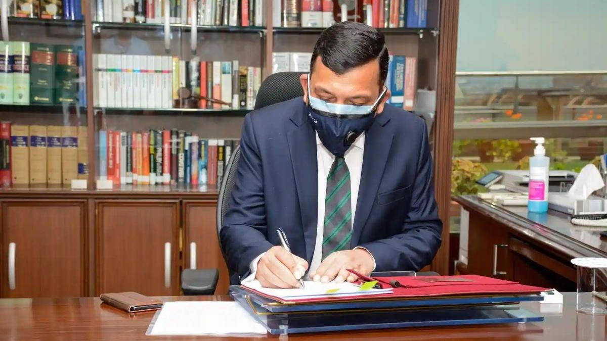Wear formals on duty: CBI to staff