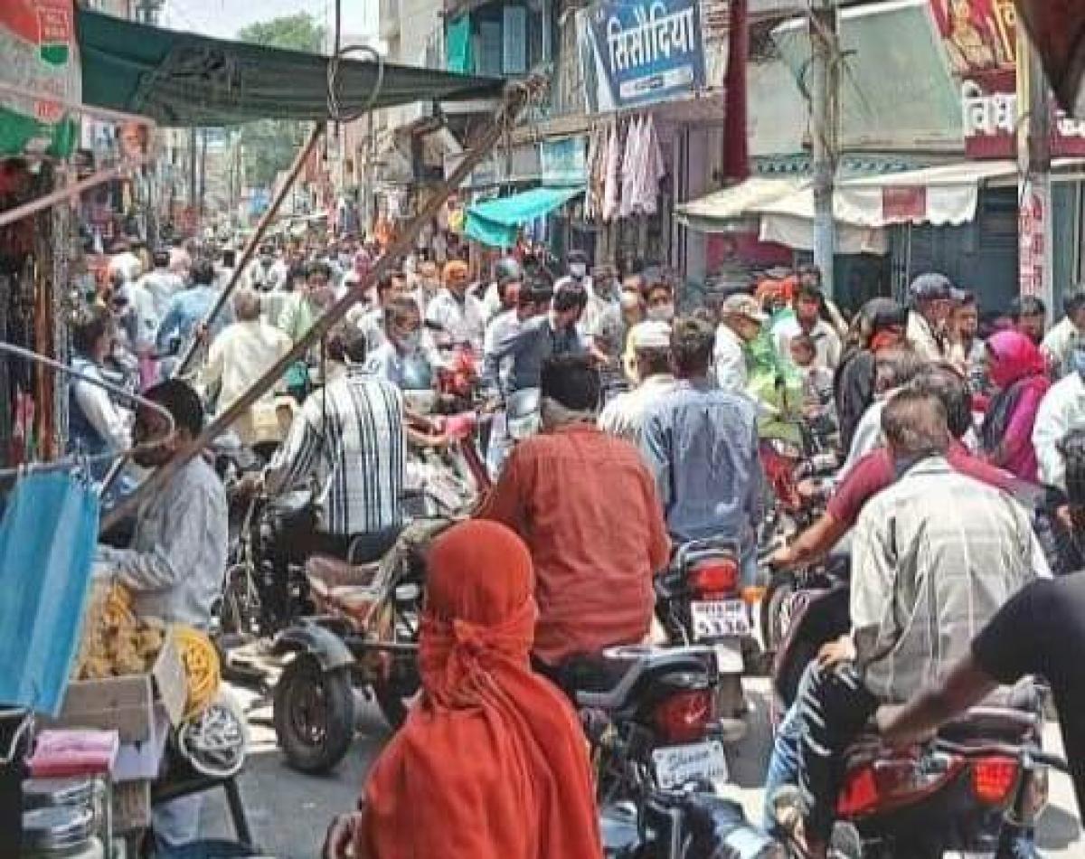 Crowd in market in Mandsaur on Wednesday