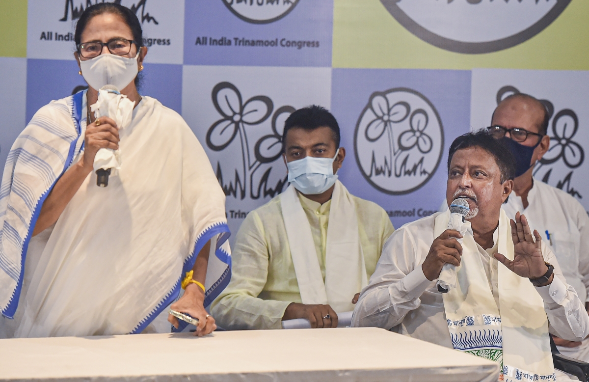 Kolkata: West Bengal CM Mamata Banerjee addresses media during rejoining of Mukul Roy to TMC party, in Kolkata, Friday, June 11, 2021.