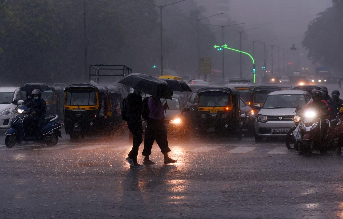 Mumbai: Latest updates - PM Modi expresses pain at loss of lives in Mumbai building collapse