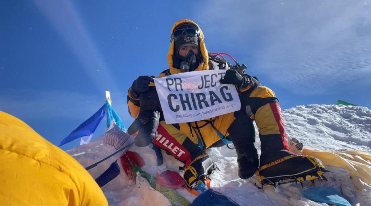 Vasai man climbs Mount Everest to promote sustainability