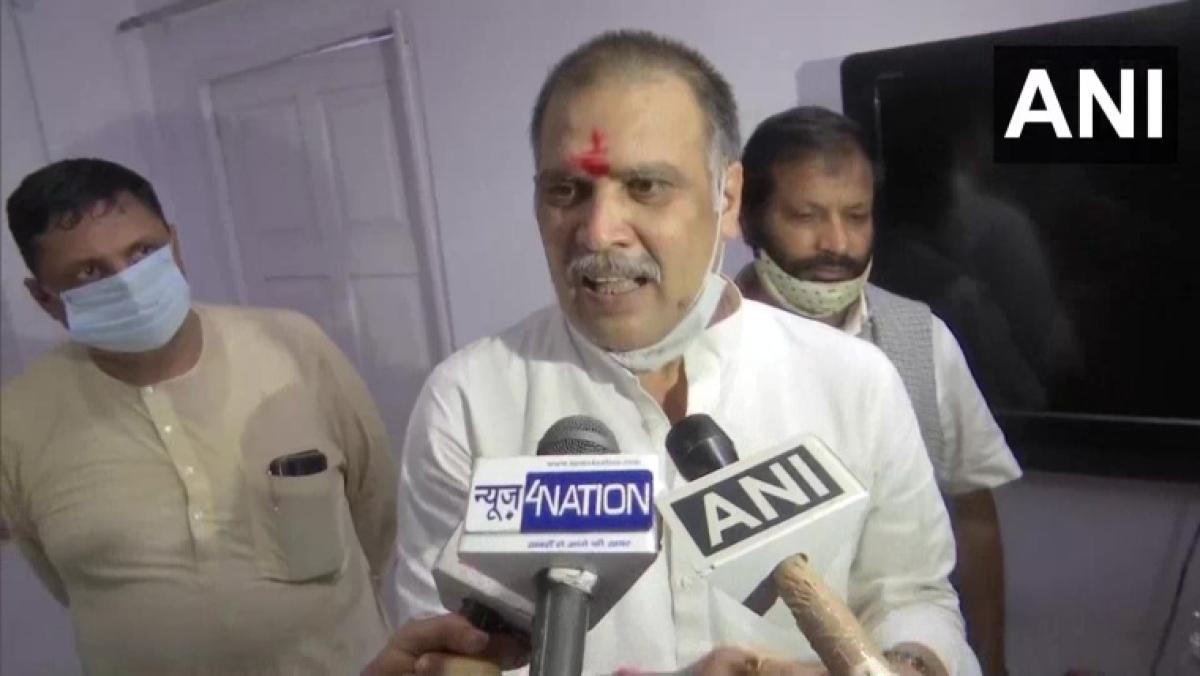 Chirag Paswan should let Pashupati Kumar Paras lead: LJP leader Surajbhan Singh