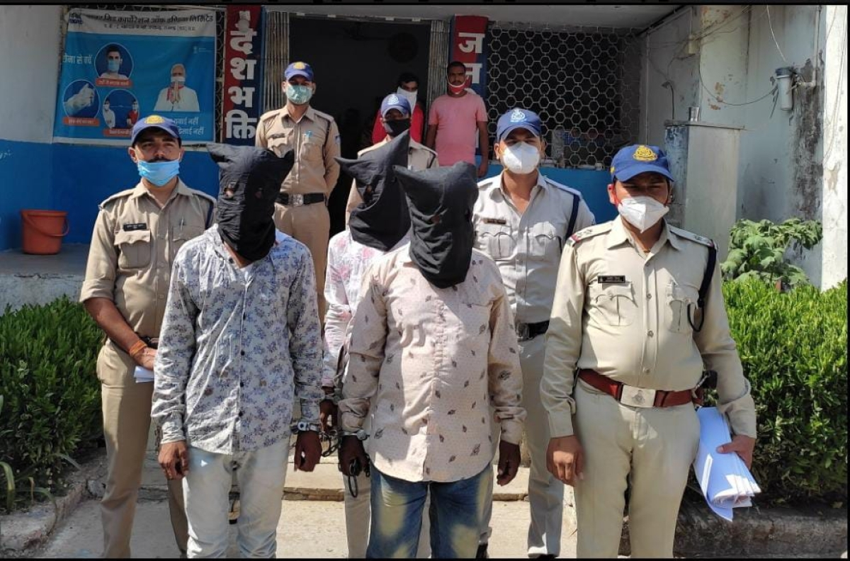 Dhar: 2 arrested in Sardarpur with cash, jewellery worth Rs 1.50 lakh they had robbed from people
