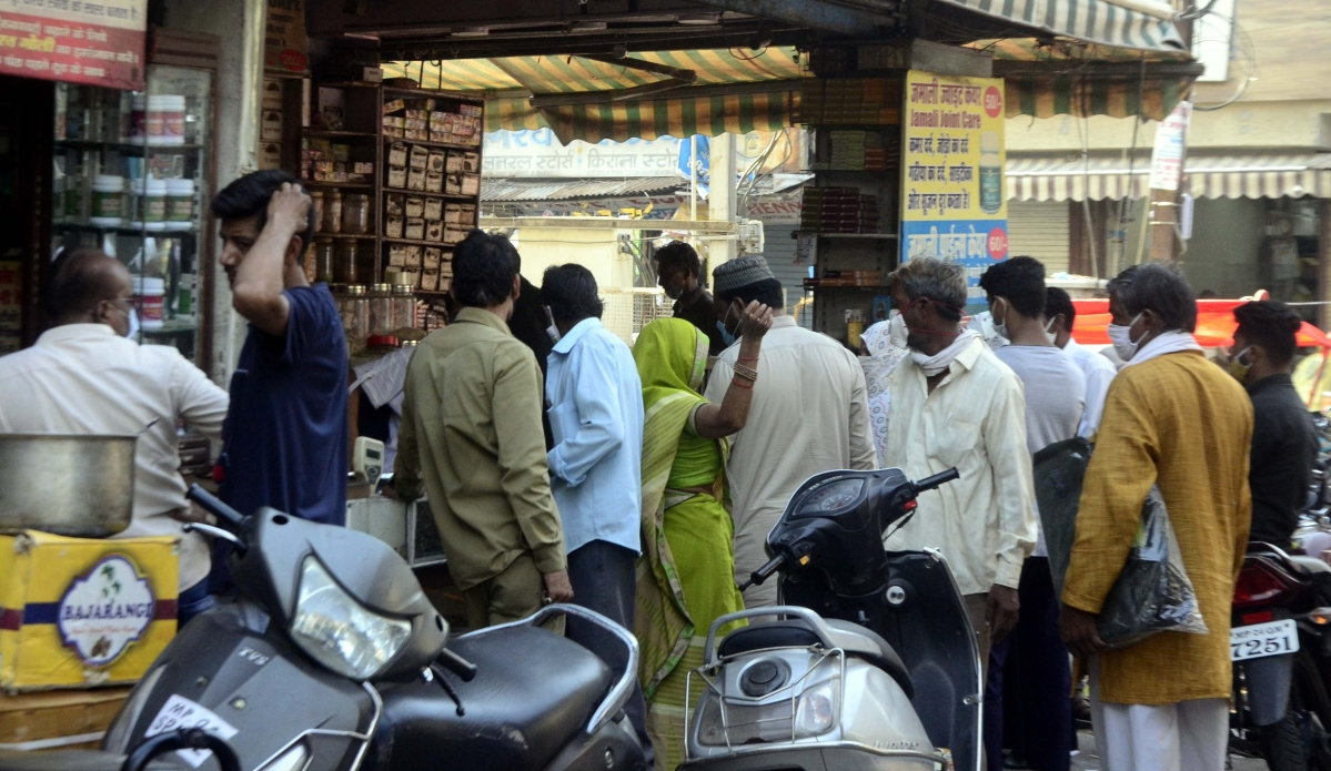 Bhopal: Third-wave imminent if rush at markets swells unchecked