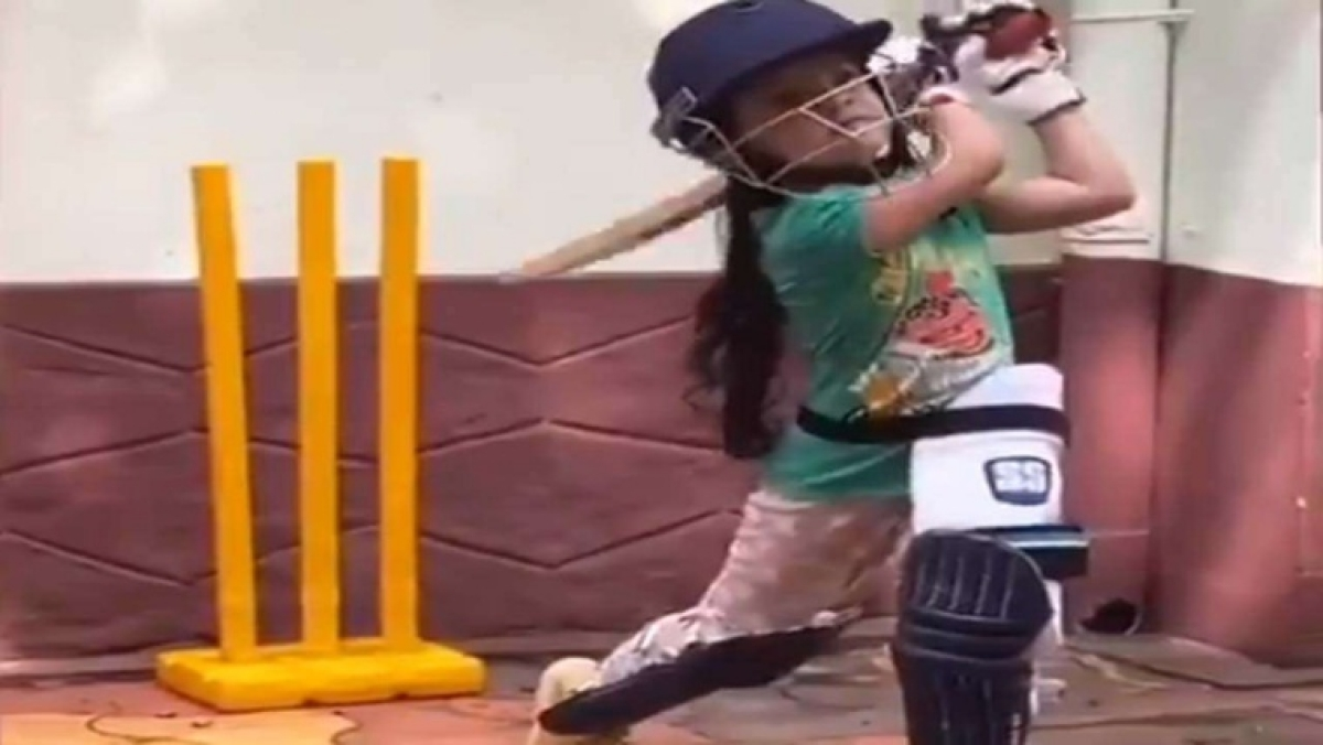 Watch video: 6-year-old girl from Kerala shows off outstanding batting skills; netizens say 'next Mithali Raj in making'