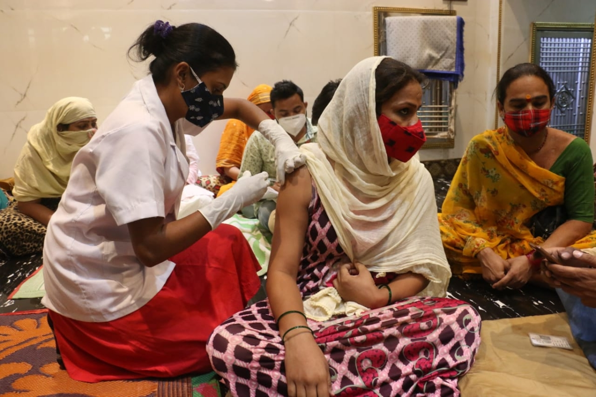 Indore: 86 third-gender community members vaccinated