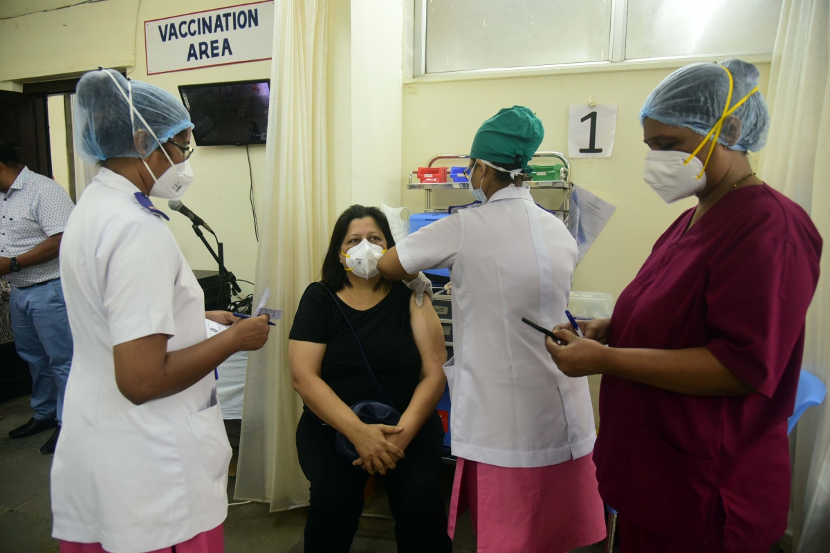 Maharashtra govt to launch vaccination drive for 30-44 age group from today