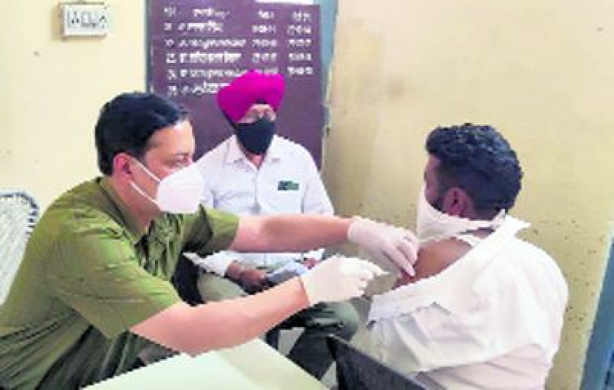 Indore: Special camps to be held for vaccination of labourers