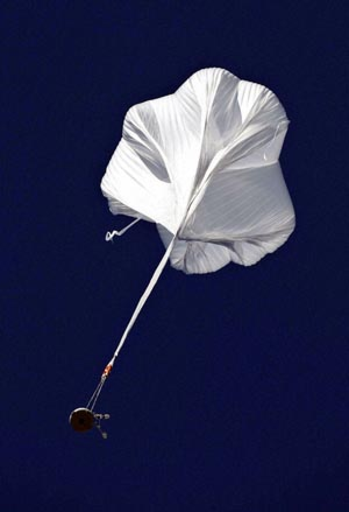 Daredevil jumps 25 miles, lands safely on his feet