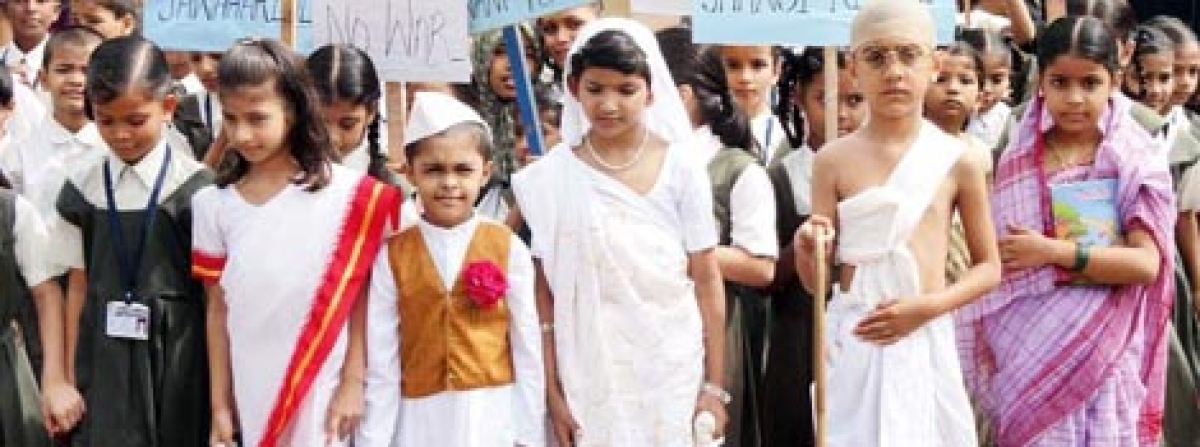 Rosary kids organised rally on non-violence day