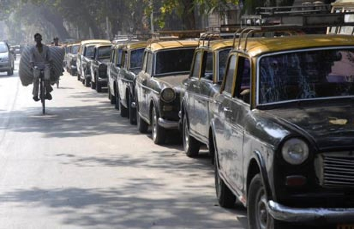 Black and yellow taxi to go on strike against Uber and Ola