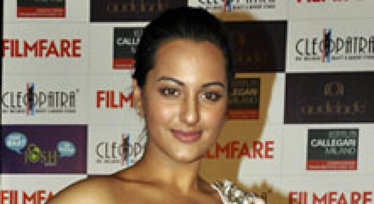 Sonakshi happiest while working with Prabudheva