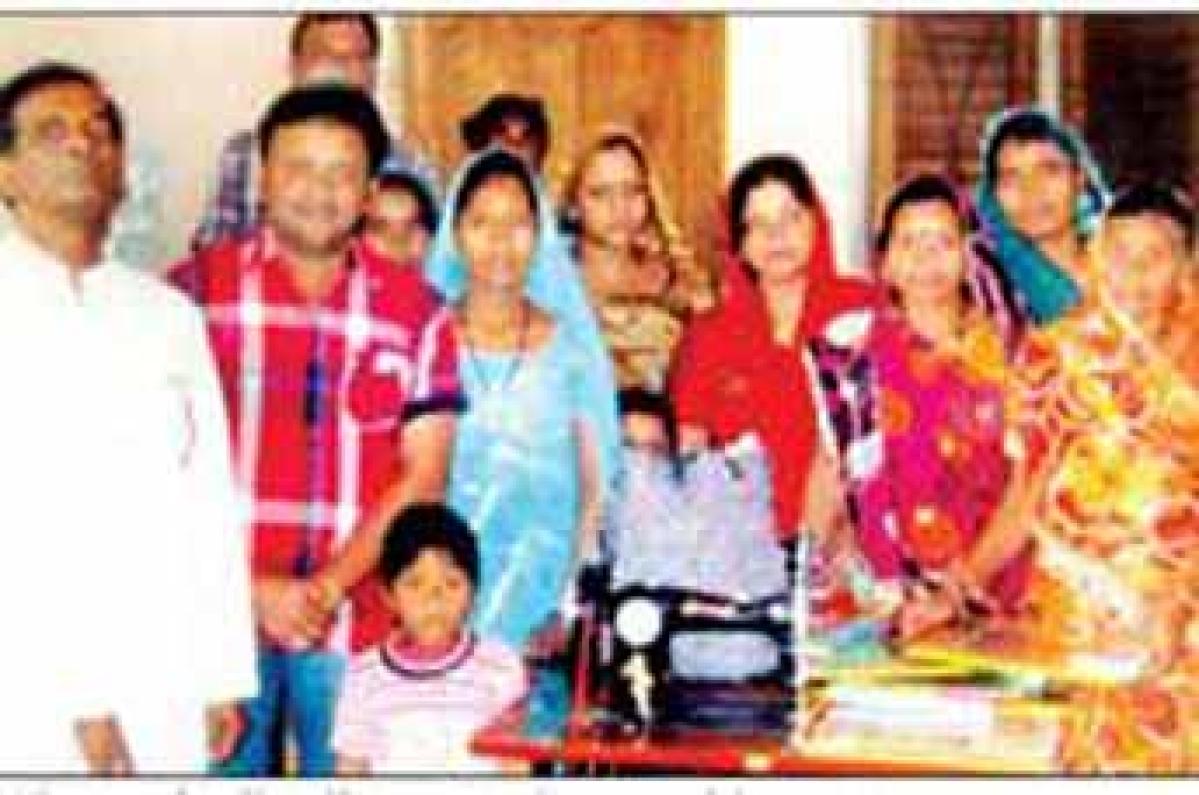 DCC & C celebrate Sonia Gandhi's birthday