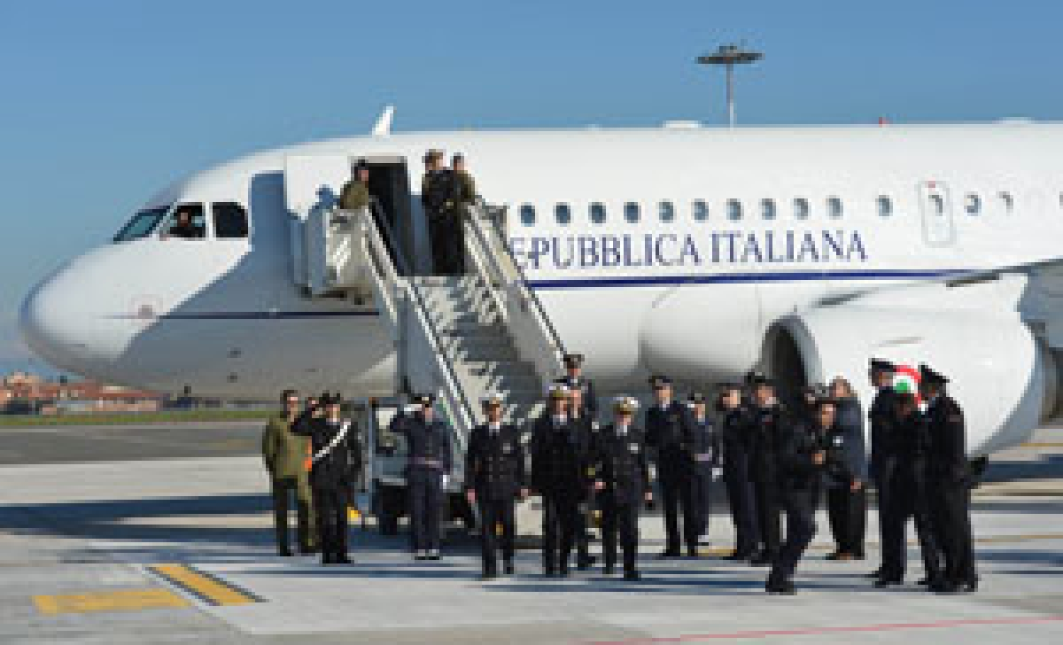 Italian marines return home for Christmas