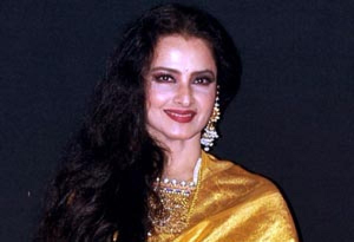Rekha in Katrina Kaif starrer 'Fitoor'