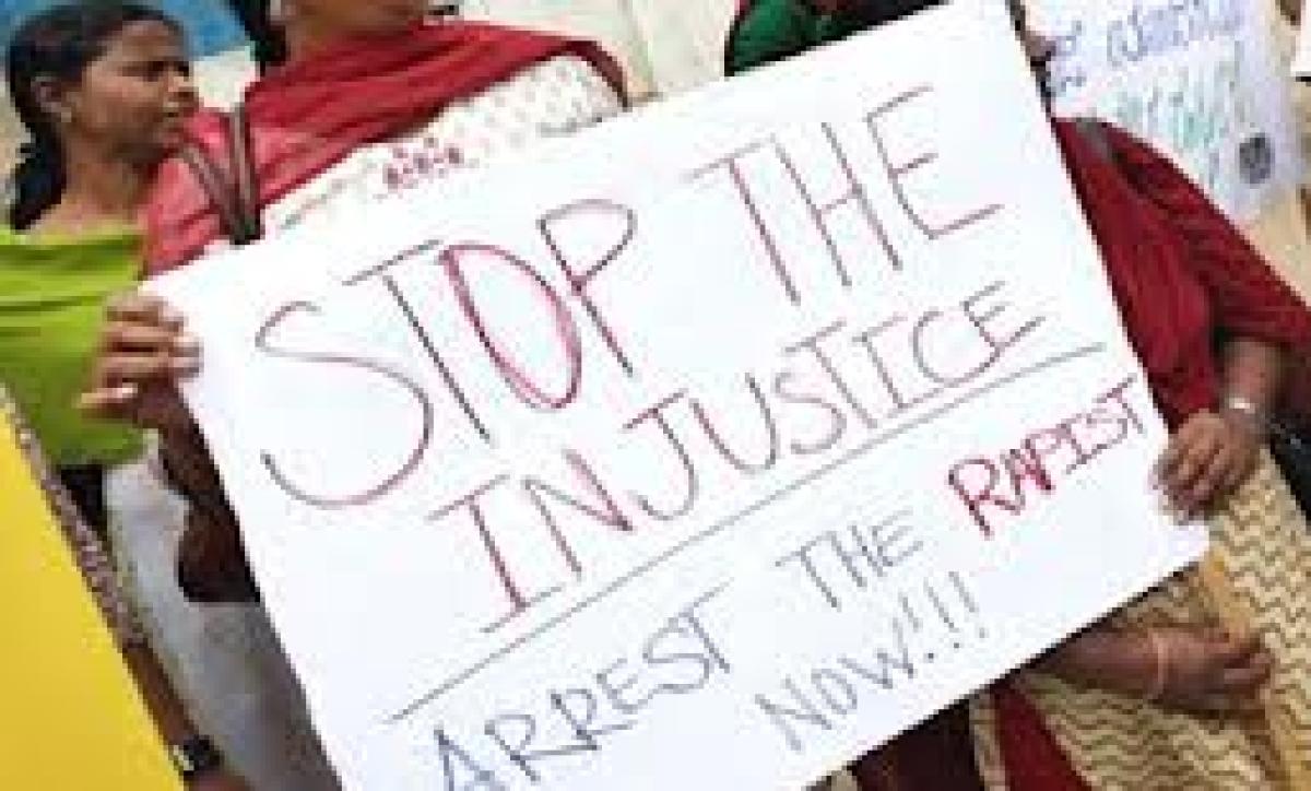 Gangrape victim showing composure, health is better: doctors